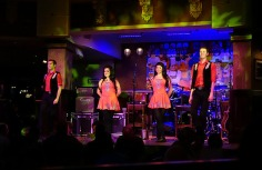 1.1433870980.some-of-the-irish-dancers-at-raglan-road