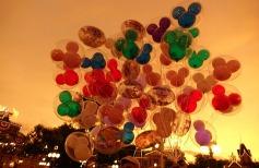 1.1434786525.balloon-seller