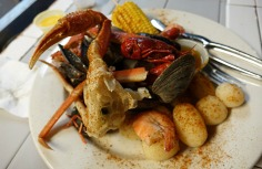 1.1434845718.boiled-seafood-plate