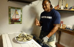 1.1434845718.serving-the-oysters