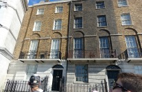 1.1434905201.full-size-london-townhouses-around-diagon-alle