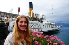 4.1442080404.lucy-at-the-paddlesteamer