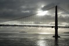 3.1460408176.golden-gate-alcatraz-behind