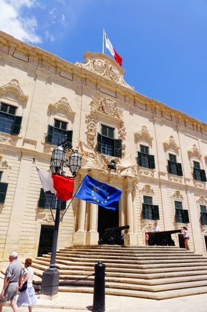 6.1465846120.palace