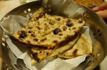 7.1484864436.butter-garlic-and-olive-naan